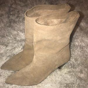 Zara Mid Heel Booties 🔥